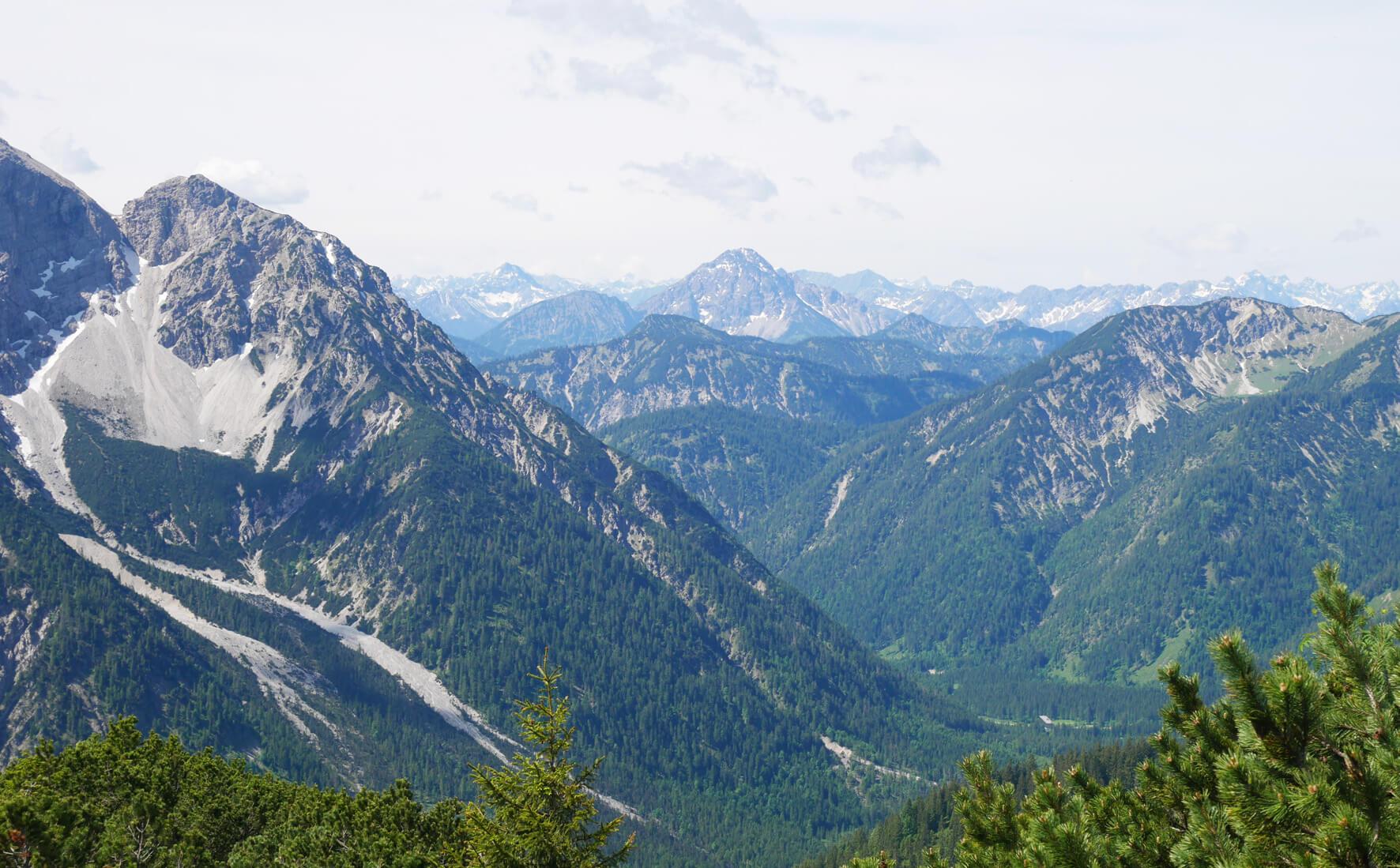 Ausblick Scheinbergspitze Graswangtal