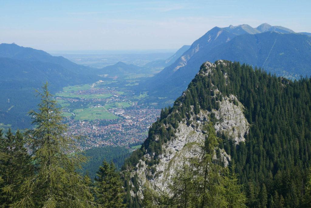 Blick auf Garmisch Voralpenland