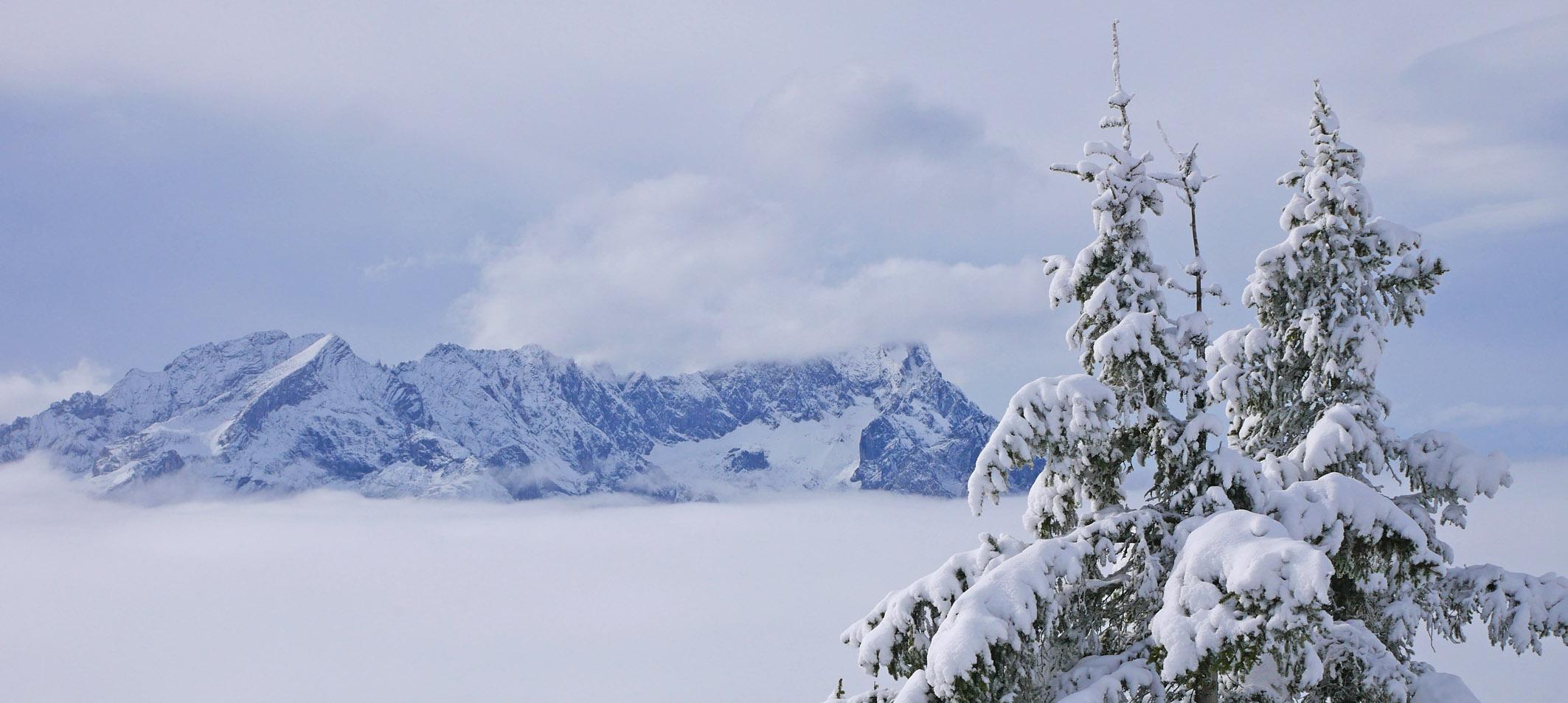 Wank erster Schnee Panorama Wettersteingebirge