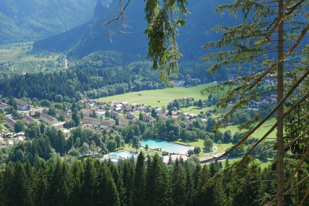 Oberammergau Schwimmbad von oben