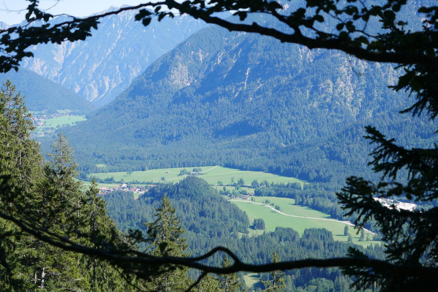 Pürschling Wanderung Ausblick nach Graswang